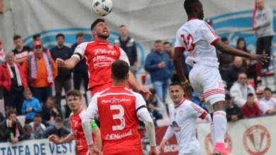 Photo of Liga a II-a, etapa a 33-a: Golul lui Issa nu i-a ajuns lui Sepsi la Târgoviște, UTA rămâne pe locul 2!