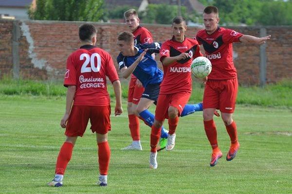 Campioana județeană – calificată în etapa semifinală la juniori A1: Unirea Sântana – CS Zlatna 4 – 3