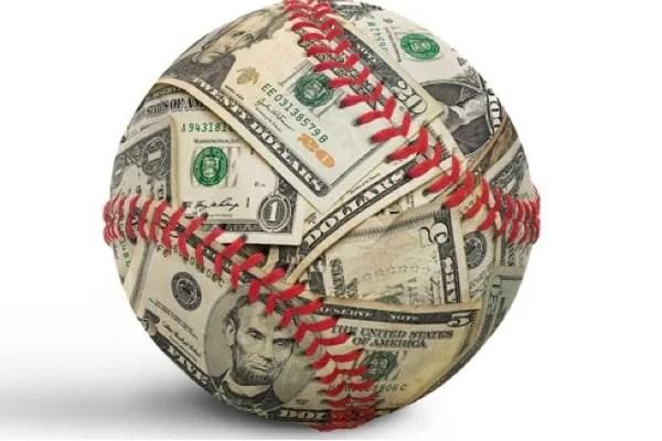 Câți bani alocăm pentru a juca la pariuri sportive?