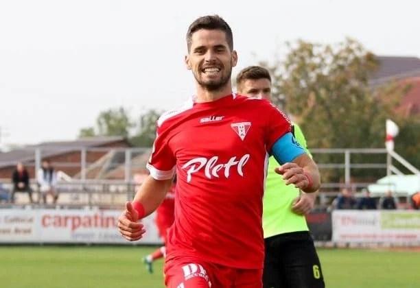 """Florea își anunță despărțirea de UTA, dar: """"Aș reveni într-o zi la Arad pentru a retrăi și mai intens, poate în Liga 1, sentimentele din toamnă"""""""