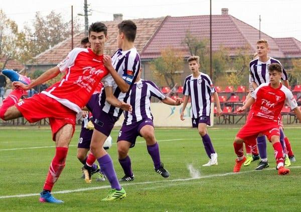 """""""Roș-albii"""" sunt lideri în seria de Vest a Ligii Elitelor: UTA Under 17 – Centrul Național Mureș  5-0"""