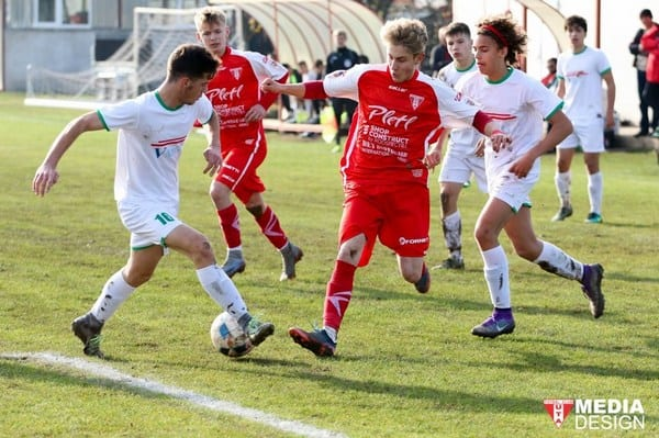 Nicio șansă pentru fostul vicelider: UTA Under 17 – Viitorul Mihai Georgescu 4-0