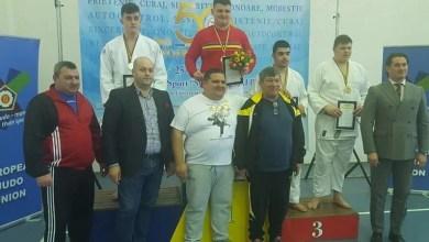 """Photo of """"Naționalele"""" de cadeți de la Arad s-au încheiat cu medalie de aur pentru David Nagy: """"Munca depusă în ultima vreme și-a spus cuvântul"""""""