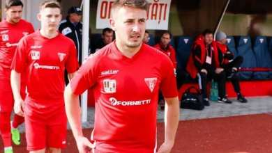 "Photo of Achiziție last-minute a ""roș-albilor"": Daniel Dan a semnat și ar putea debuta la Târgu Jiu ca fundaș dreapta!"