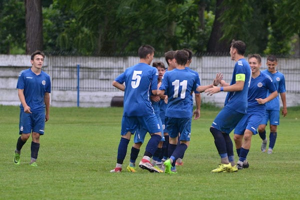 Juniorii A1 ai zărăndanilor au defilat spre etapa semifinală: CS Ineu – Petrolul Bustuchin 5-0 + FOTO