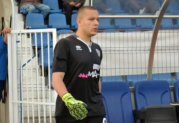 Portarul Munteanu, prima achiziție a Crișului pentru Liga 3-a! Lazăr a făcut pasul în spate, iar clubul s-a mai despărțit de trei jucători