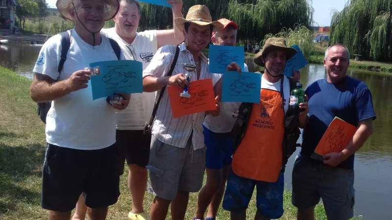 Pescarii jurnaliști s-au întrecut la Iazul Sportivilor