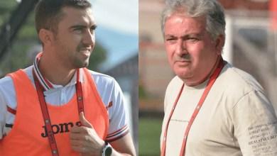 """Photo of Sabău: """"Sunt mulțumit de toți jucătorii"""" vs. Petcu: """"Meciul s-a rupt la eliminare"""""""