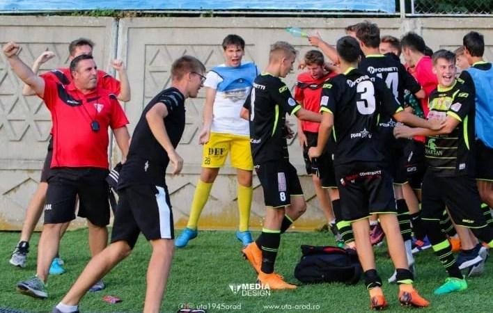 """""""Roș-albii"""" devin favoriți la calificarea în Liga Elitelor: ASU Poli – UTA Under 17  2-2"""