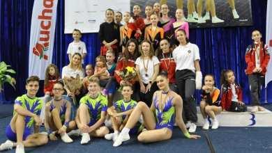 """Photo of Zece medalii pentru CS Universitatea-Urania Arad la """"naționalele"""" de gimnastică aerobică"""