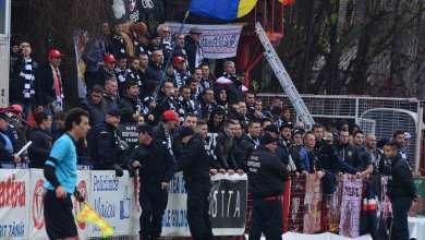 Photo of Utiștii se gândesc să le cedeze o întreagă peluză suporterilor lui U. Cluj, care sunt instruiți să respecte doliul galeriei arădene