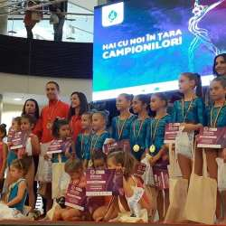 """""""Hai cu noi în țara campionilor!"""" a adunat zeci de copii cu înclinație spre gimnastică, la Arad"""