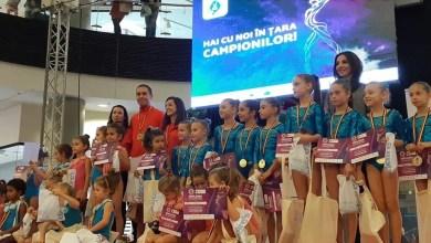 """Photo of """"Hai cu noi în țara campionilor!"""" a adunat zeci de copii cu înclinație spre gimnastică, la Arad"""