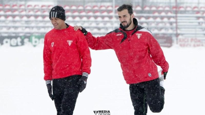 """Juniorul Moisin a făcut o impresie bună în """"alb-roșu"""", contracte pregătite și pentru Alfaiate și Vera"""