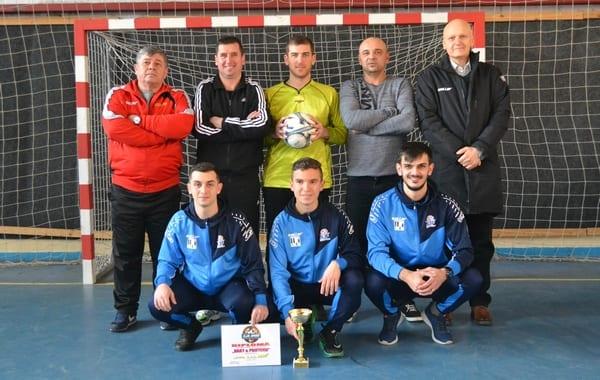 Harry & Prietenii câștigă a doua ediție a Cupei Comisiei Județene a Arbitrilor Arad la mini-fotbal + foto