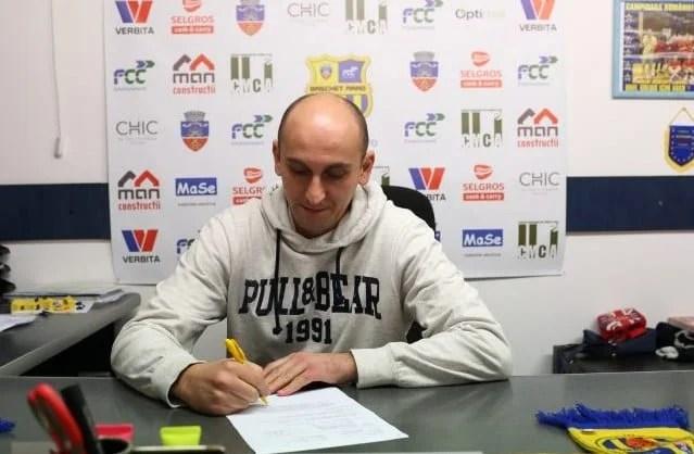 """Bulj, la revenirea oficială pe banca FCC ICIM Arad: """"Am lăsat o treabă neterminată, sper ca echipa să arate o altă față în play-off"""""""