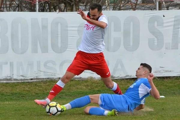 Live-text ora 17: Șoimii Lipova – FC Hunedoara 1-0, final