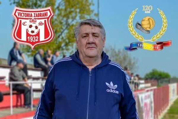 """120 de ani de fotbal în Arad. Tibi Nicula, o viață în slujba sportului-rege din Zăbrani: """"Valoarea iese în evidență prin muncă, teoria o face antrenorul și spectatorii"""""""