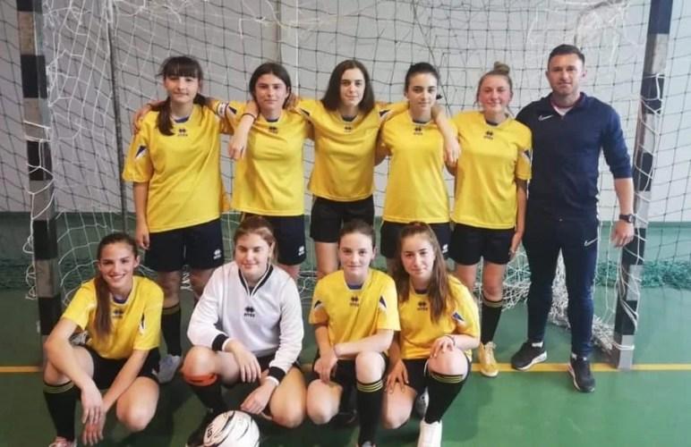 """Fotbalistele de la """"Agrișu Mare"""", printre cele mai bune echipe din țară la nivelul claselor 5-8: """"Momente unice, de care ne vom reaminti peste ani"""""""
