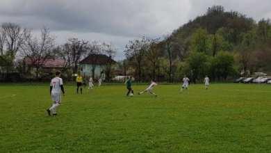 Photo of Liga a IV-a Arad, etapa a 23-a: VI-FE se ține tare și la Sântana și Pecica are +9, Zăbrani și UTA II se întorc cu mână goală de la Vladimirescu și Săvârșin