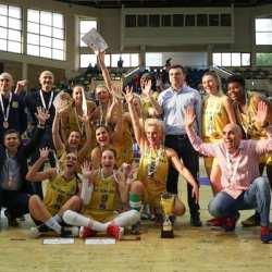 """""""Galben-albastrele"""" sunt din nou medaliate în Liga Națională de Baschet Feminin: FCC ICIM Arad - Olimpia CSU Braşov84-69"""