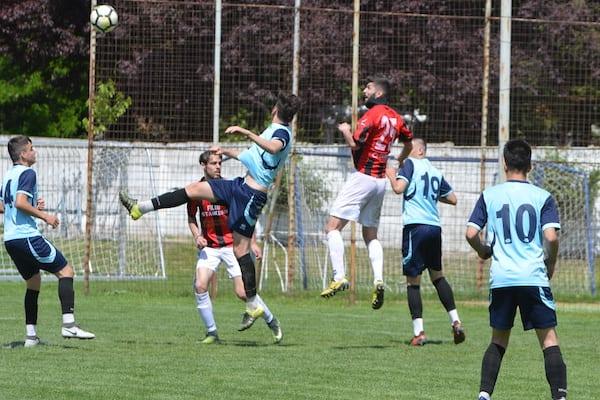 """Fundașii """"roș-negrilor"""" au întors reușitele de excepție ale lui Ardelean: CS Glogovăț – Unirea Sântana  2-3"""