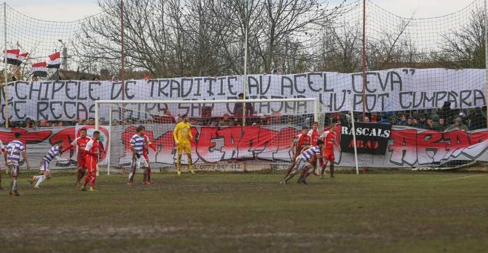 """Despre orgolii, puncte și, din nou, galerii în cel de-al 76-lea derby al Vestului: """"Pentru numele şi culorile clubului!"""""""