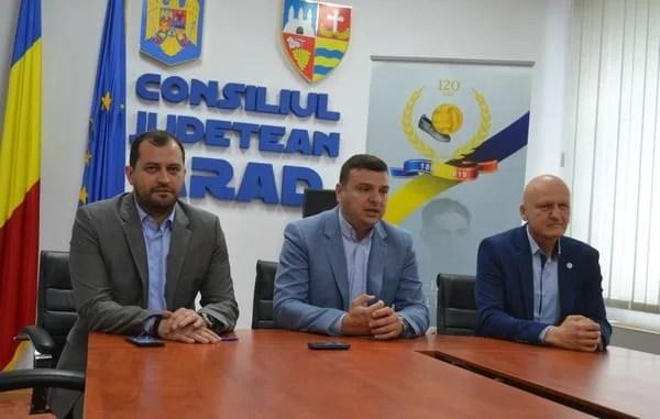 """Se dă startul evenimentelor sportive estivale organizate în cadrul """"120 de ani de fotbal în România"""": """"Mândri că suntem arădeni!"""""""