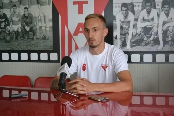"""Pușcaș, în """"alb-roșu"""" la a doua ofertă: """"În iarnă echipa nu se lupta pentru promovare, acum e un început promițător"""""""