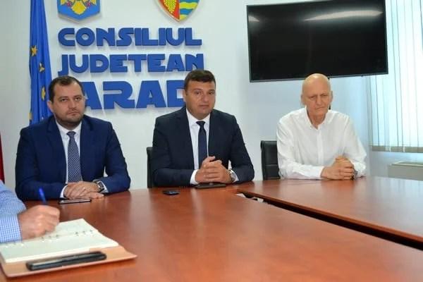 Lansare de carte, expoziție de fotografii vechi sau meciul cu Rădoi, Contra sau Belodedici pe teren – atracțiile aniversării a 120 de ani de fotbal în România