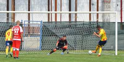 """Iacob – la al șaptelea penalty apărat în carieră, dar și la primele goluri încasate la UTA: """"Fotbalul îți mai dă câte un duș rece"""""""