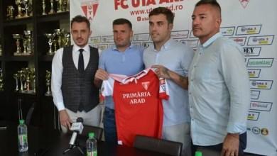 """Photo of Alex Ioniță e noul număr 9 al """"Bătrânei Doamne"""": """"Un sezon bun pentru mine ar însemna promovarea, Petrolul și U. Cluj – principalele contracandidate"""""""