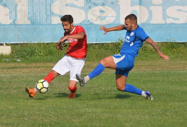 (Semi)surpriză amicală: Național Sebiș – Crișul Chișineu-Criș 2-1 +FOTO