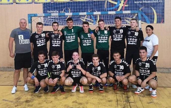 """Handbal de Divizia A la Sala Sporturilor """"Victoria"""": Fetele de la Crișul – la a doua apariție stagională, băieții de la HC Beldiman sunt la debutul absolut!"""