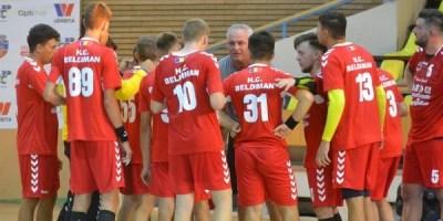 Primul punct pentru handbaliștii arădeni în Divizia A, dar putea fi și mai bine: CSU Politehnica – HC Beldiman 22-22 (10-10)