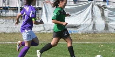 Elevele lui Dani Mărcuș au început cu dreptul sezonul în Liga feminină U15: CS Ineu – ASU Poli 2-0 +FOTO