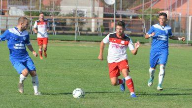 """Photo of """"Șoimi"""" de…10 contra Hunedoarei: Sabău: """"Am știut că dintr-o pasă proastă ieșim doar cu suferință"""" v.s. Spătaru: """"Am pierdut nemeritat"""" + FOTO"""
