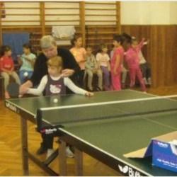 Selecţie pentru copii, la secţia de tenis de masă a CSM-ului