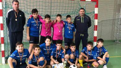 """Photo of Echipa Şcolii Gimnaziale """"Aurel Vlaicu"""" a câștigat ediția a 6-a a """"Arad Cup"""""""