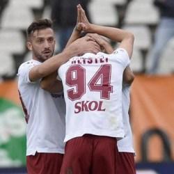 """Hlistei le-a cerut iertare fanilor arădeni pentru golul de 2-0, în Rapid - UTA: """"Să terminăm ambele pe locurile direct promovabile în Liga 1!"""""""