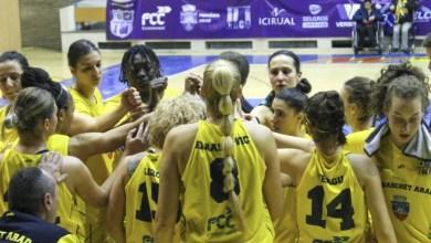 """Photo of FCC Baschet Arad testează, pe puncte, parchetul de pe """"Sepsi Arena"""" în vederea unei posibile finale de Cupa României"""