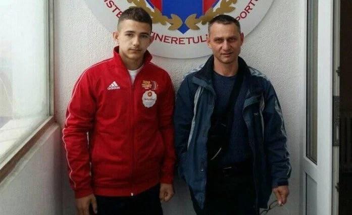 Halterofilul Cosmin Krupla e triplu vicecampion naţional la tineret, cu record național stabilit la juniori II