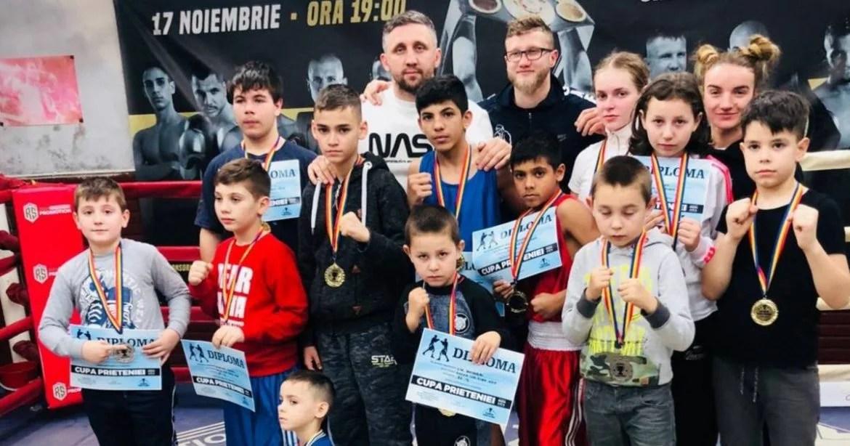 S-au împărțit pumni, diplome și medalii la Cupa Prieteniei la box