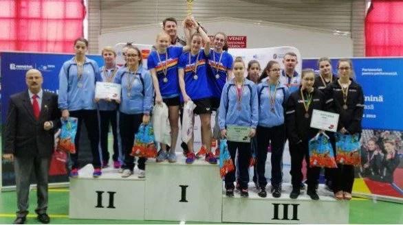 Echipa de junioare a CSM Arad, bronz în tenisul de masă