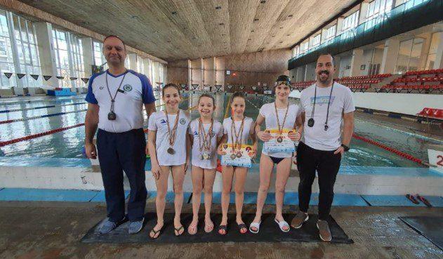 Medalii internaţionale pentru înotătorii de la CSȘ Gloria Arad