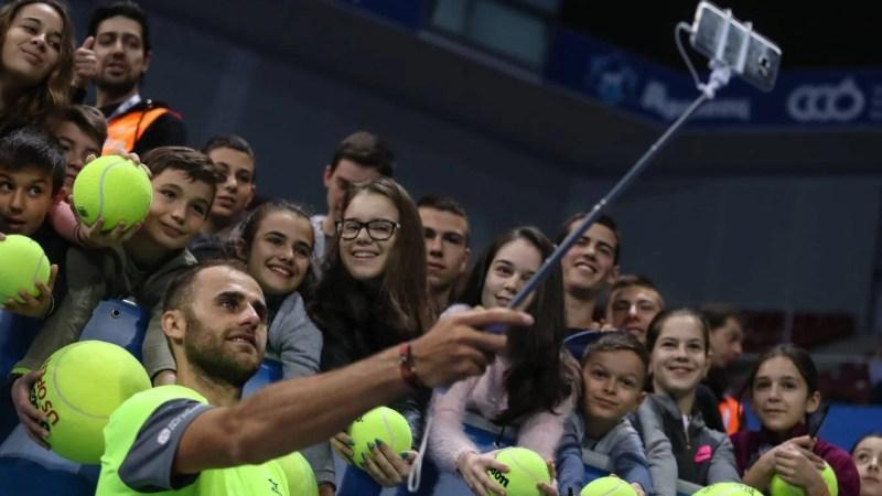 """Marius Copil a """"înghețat"""" pe locul 187 ATP, micuțul Arthur îi umple viața tenismanului arădean"""