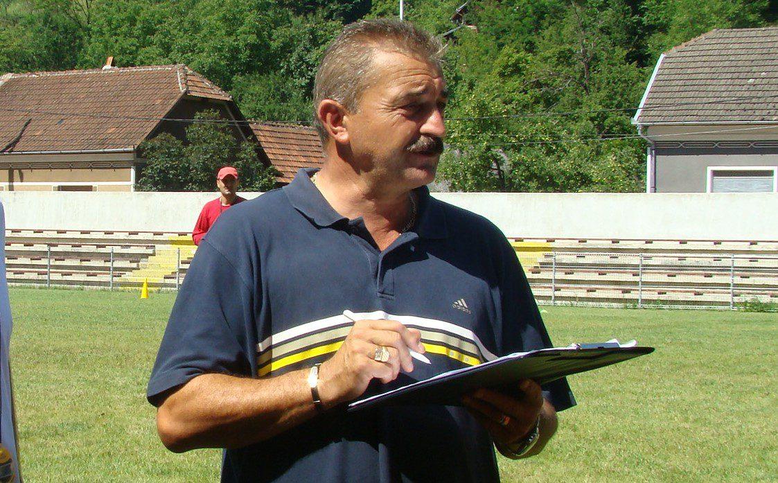"""Ce a scris Ionuț Popa în """"fișa"""" mea profesională…"""
