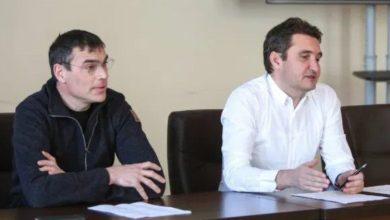 Photo of Suporterii arădeni sunt așteptați în Piața Avram Iancu pentru…UTA – Petrolul