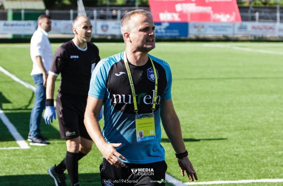 """Lincar își laudă echipa după succesul de la Arad: """"Avem calitate și forță, dar nu s-a realizat încă nimic. Euforia e periculoasă"""""""