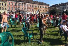 Photo of Susținătorii UTA-ei din Piața Avram Iancu, de la extaz la agonie